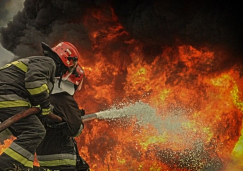 4 days AFF (Advanced Fire Fighting) in South of France